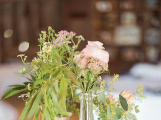 Kallmyers Custom Florals 2
