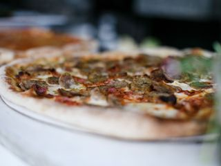 Victoria's Wood Fired Pizza Catering 3