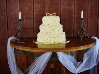Carols Cake Cupboard 4