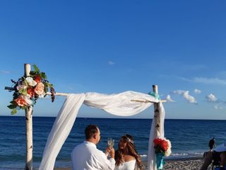 Ideal I Do's - South Florida Beach Weddings 4
