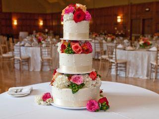 Wedding Cake Art and Design Center 6