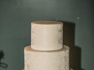 Mainely Wedding Cakes LLC 5
