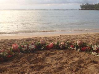 Lulu's Lei + Bouquets 2