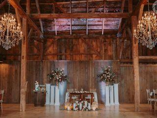 Bear Mountain Inn + Barn 1
