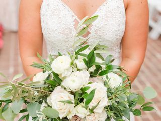 Sandra L. Porterfield Wedding & Event Floral Designs 1