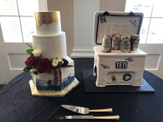 Creme De La Creme Cake Company 5
