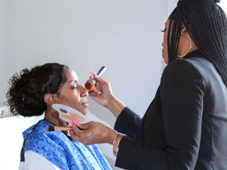 K.Lynn Artistry on Location Hair & Makeup Artists 4