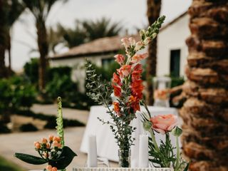 Palm Springs Florist® 7