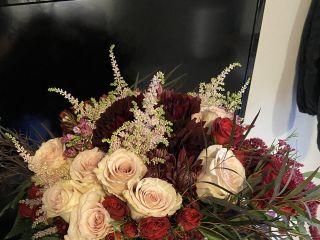Awesome Blossom Floral Design 1
