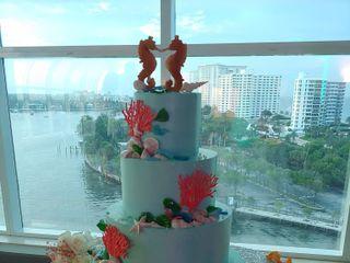 Johnson's Custom Cakes 4