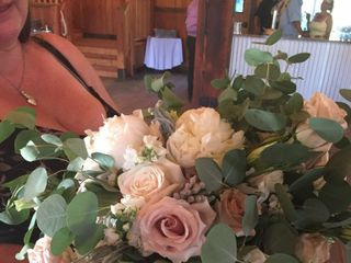 Penny & Lulu flowers 1