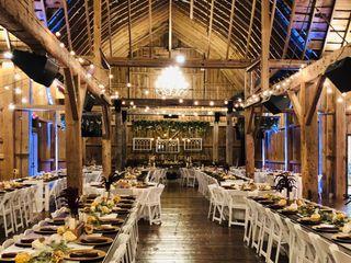 Sonshine Barn Wedding & Event Center 2