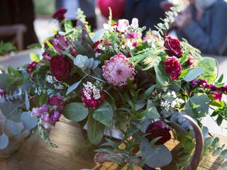 Happily Ever After Wedding & Event Flowers 5
