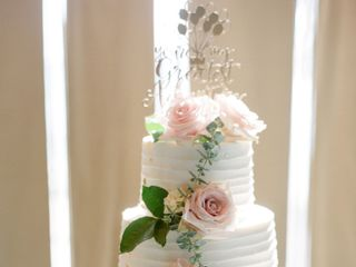 Flour Girl Wedding Cakes 4
