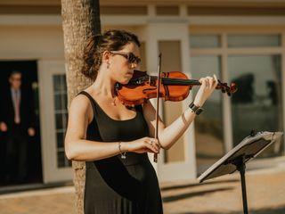 Olivia Hall - Violin Soloist 4