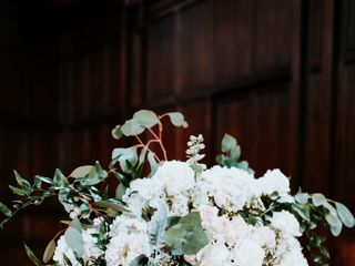 White Blooms Floral Co. 6