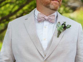 Mountain Oak Florist and Design 5