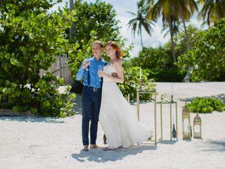 Happy People Wedding Planners & Design 5