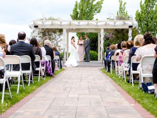 Alexandria's Premier Lakeview Weddings 4