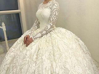Darius Cordell Custom Wedding Dresses 1