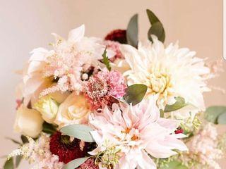 Lasting Florals Florist 1