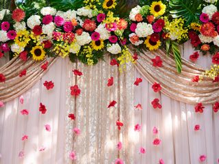 Surroundings Floral Studio 1