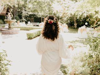 Sacred Romance Floral Design & Event Planning 5