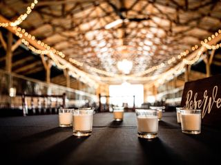 Bluegrass Wedding Barn 2
