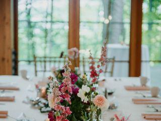 Linnaea Floral & Event Design 3