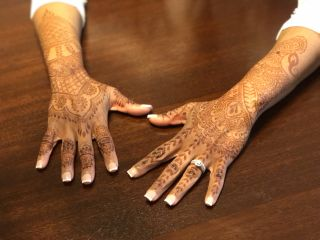Charming Henna 2
