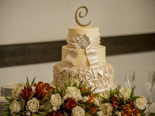 Couture Cakes of Greenville 2