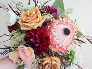 Sarah's Floral Design 4