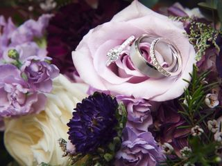 Forget Me Not Florist and Flower Preservation 5