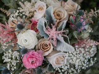 Floral Designs of Mount Joy 6