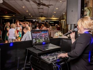 Our DJ Rocks 6