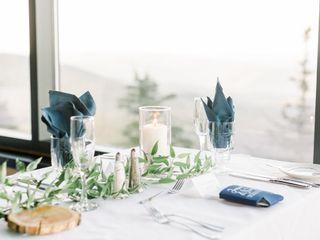M's Wedding Flowers 1
