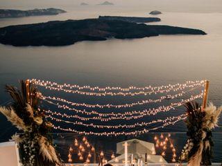 Tie the Knot in Santorini - Weddings & Events 5