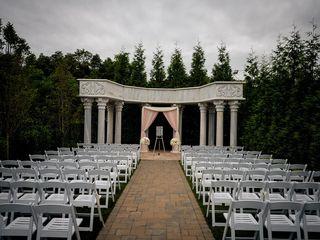 Utterly Elegant Weddings - Wedding Day Coordinator 5