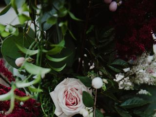 UNITED FLORAL EVENTS 1
