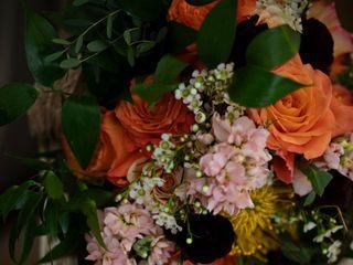 Pondeleks Florist & Gifts 5
