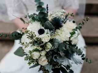 Artsy Flora Floral Boutique 1