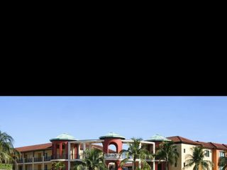 Naples Bay Resort 4