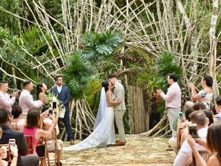 Arlenis Ruiz Weddings and Romance 1