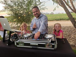 DJ AV Mobile DJs 1