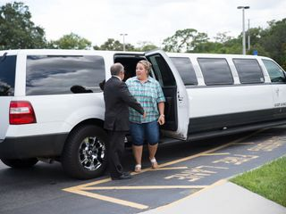 Southern Elegance Limousine 1