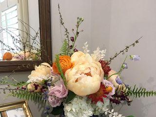 Florist & Hound Design 3