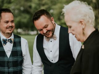 Tulis McCall - New York Celebrant: Wedding Officiant and Interfaith Minister 4