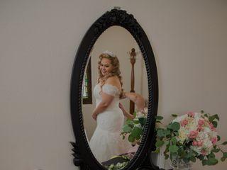 Unique Wedding Photography & Video 1