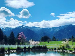Gorge-ous Weddings at Wind Mountain Ranch 2