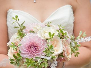 D.L. Noone Florals 1